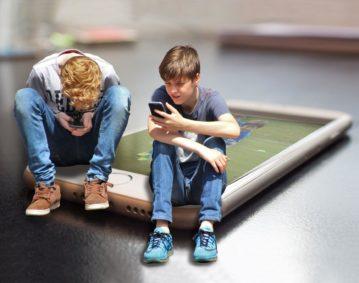 Quanto tempo i bambini dovrebbero passare davanti ad uno schermo Psicologa Putignano Nunzia Rinaldi www.psicologanunziarinaldi.it